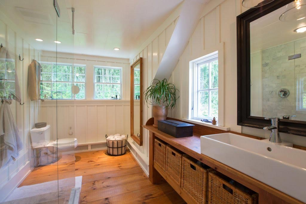 Alpha Genesis Design: The Salt Box Master Bath